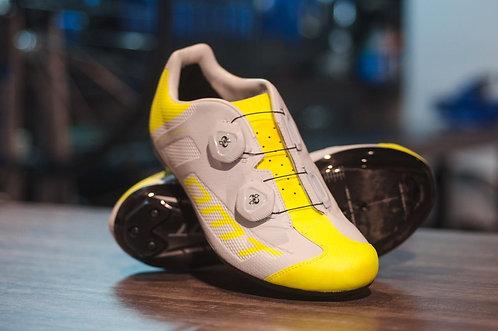 Zapatillas DMT R1 Summer Amarilla con Fibra de Carbono