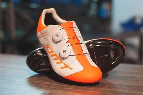 Zapatillas DMT ITALIA R1 Summer naranja con Fibra de Carbono