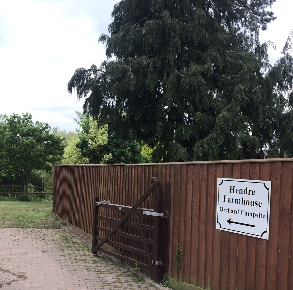 A Croped Hendre Entrance .JPG