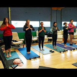 Hanley Golf Studio Yoga Class