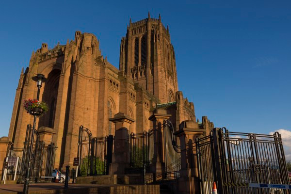 Liverpool-Cathedral_1.jpg