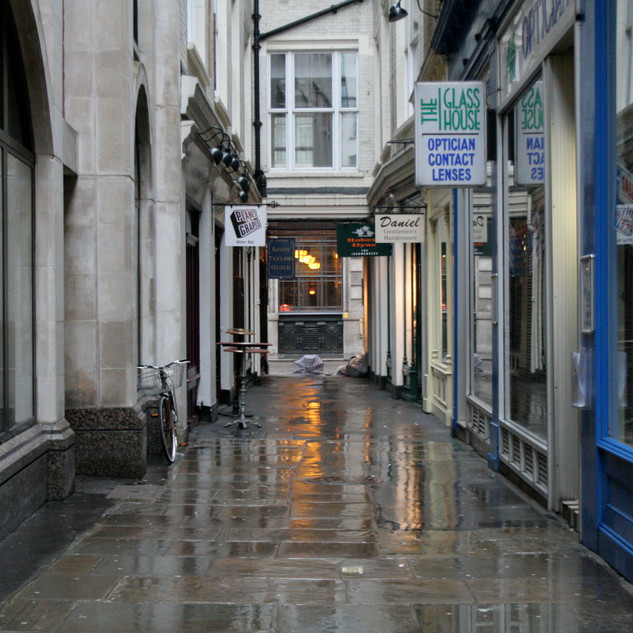 London-Alleyways_10