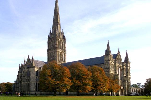 Salisbury-Cathedral_1.jpg
