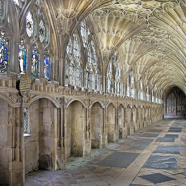 Gloucester-Cathedral_1.jpg