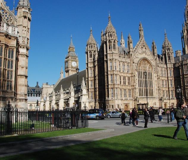 big-ben-houses-of-parliament-14.jpg