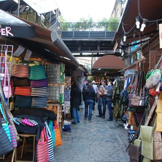 camden-lock-market-area-3.jpg