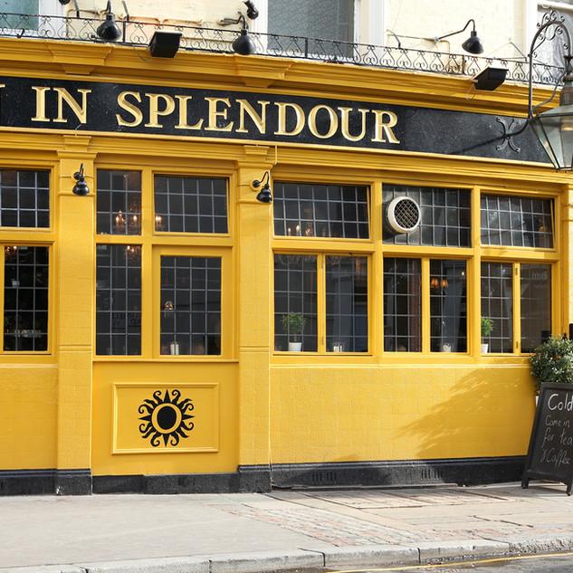 Sun in Splendor pub, Notting Hill.jpeg