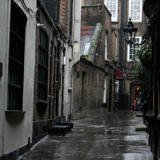 London-Alleyways_7