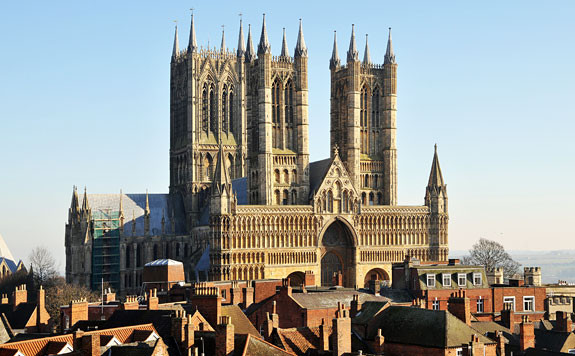Lincoln-Cathedral_1.jpg
