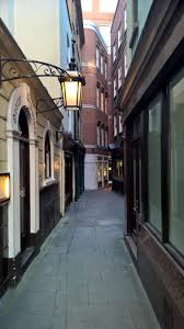 London-Alleyways_24.jpg