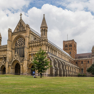 St-Albans-Cathedral_1.jpg