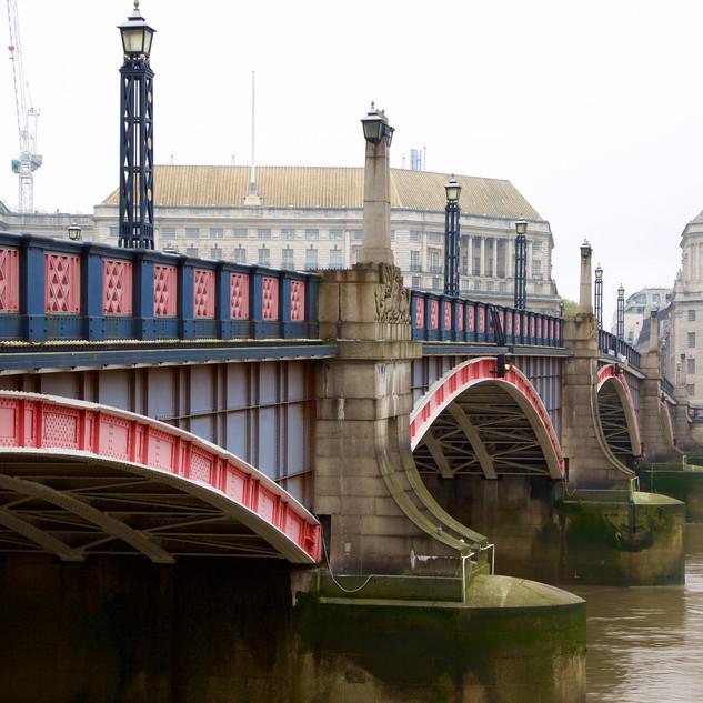 Lambeth-Bridge_3.jpg