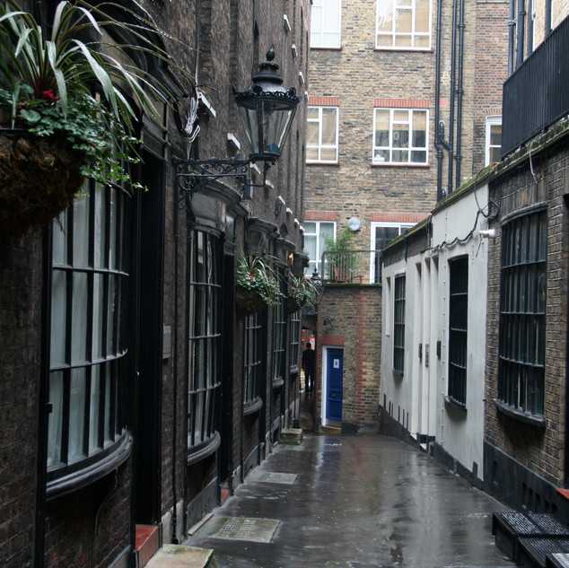 London-Alleyways_5