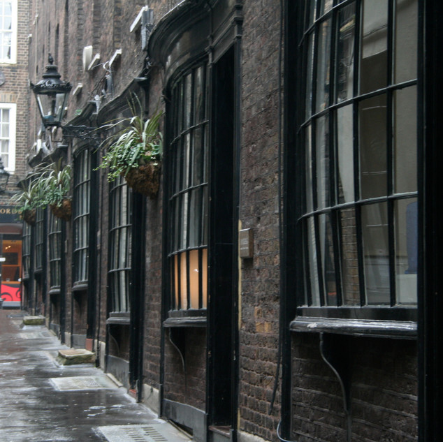 London-Alleyways_8