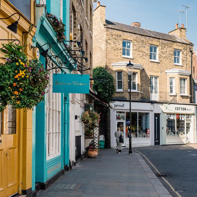 Notting Hill in London.jpeg