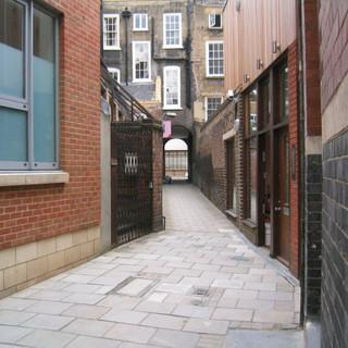 London-Alleyways_4