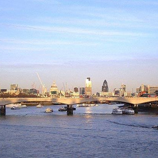 Waterloo_Bridge_1.jpg