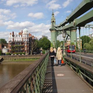Hammersmith-Bridge_3.jpg