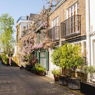 Cobbled street in South Kensington.jpeg