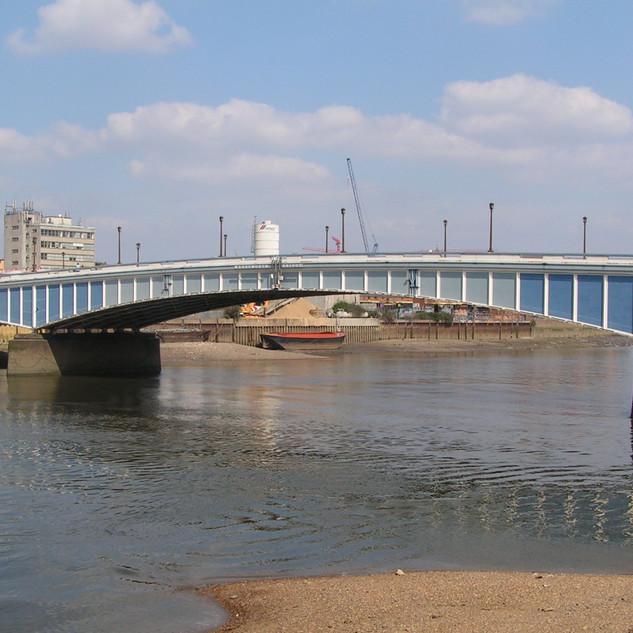 Wandsworth-Bridge_2.jpg