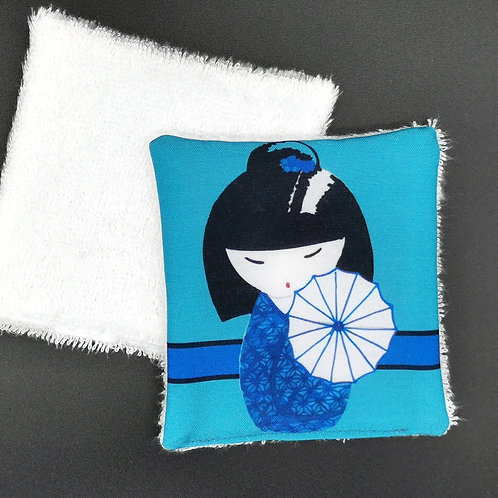 Lingette réutilisable kokeshi bleue