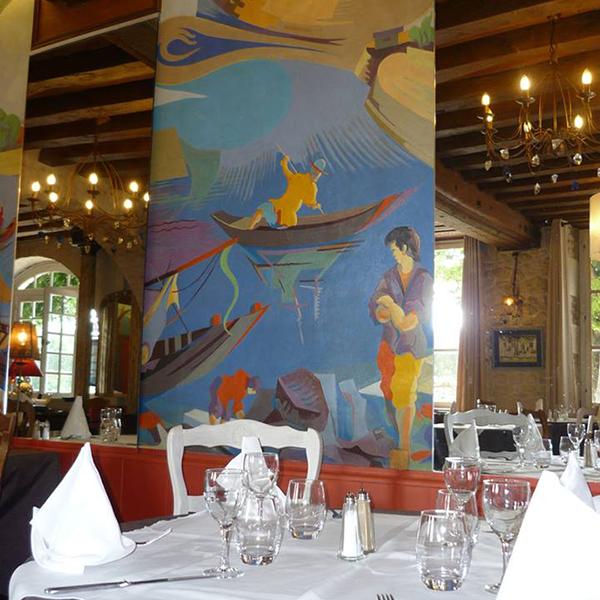interieur-restaurant-la-marine-fresque.p