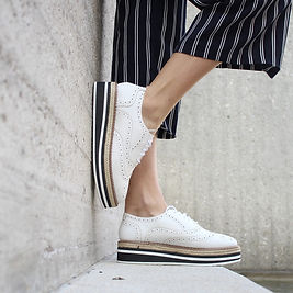 chaussures plates.jpg