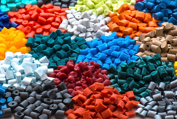 plastic injection molding material.png