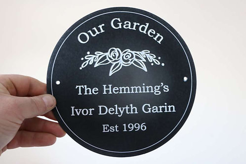 Garden Plaque 195mm Diameter
