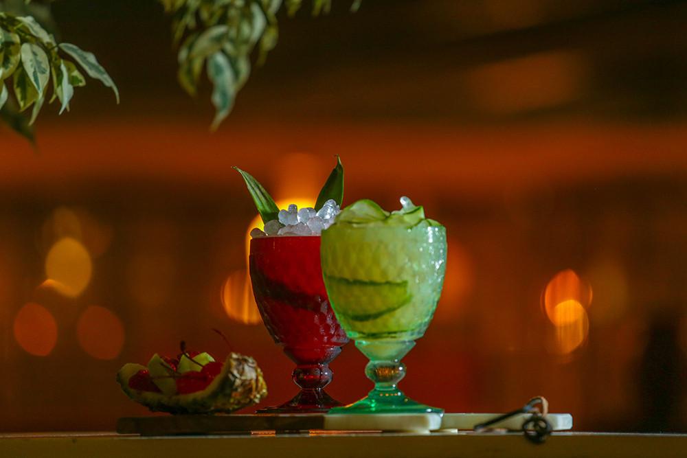cocktials-3_small.jpg