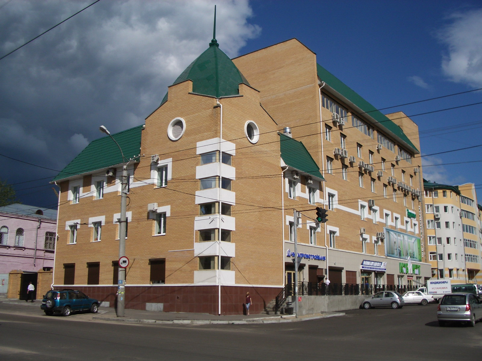 УЛ. ЧКАЛОВА, 136