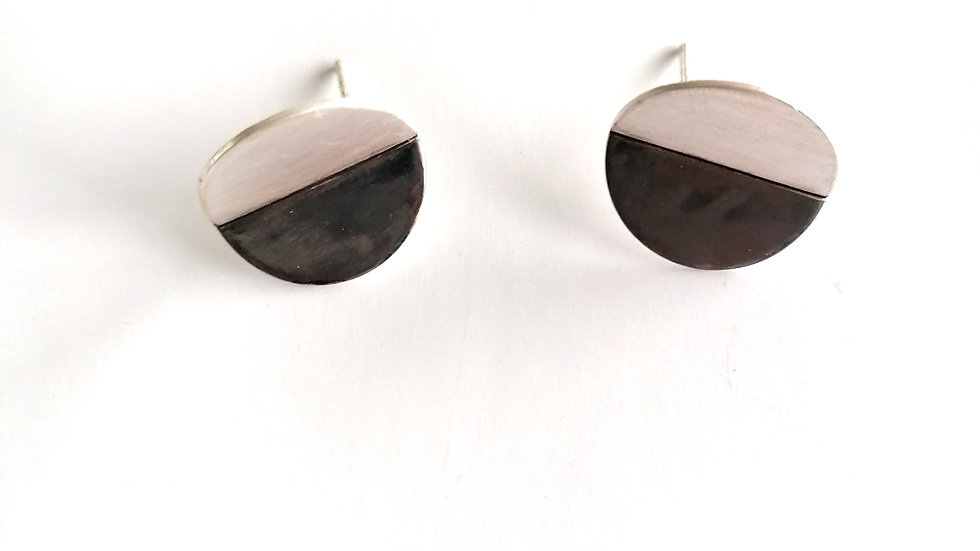 Folded Contrast Disc Earrings