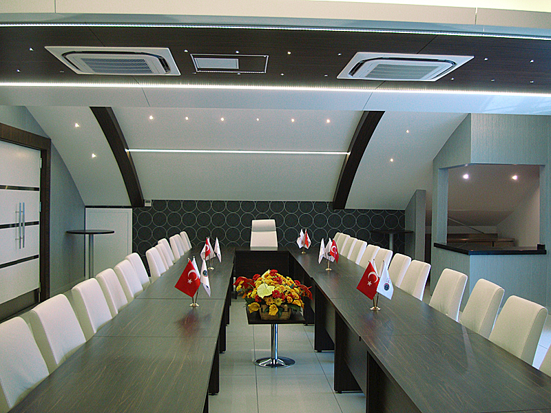 Institute of Strategic Thinking