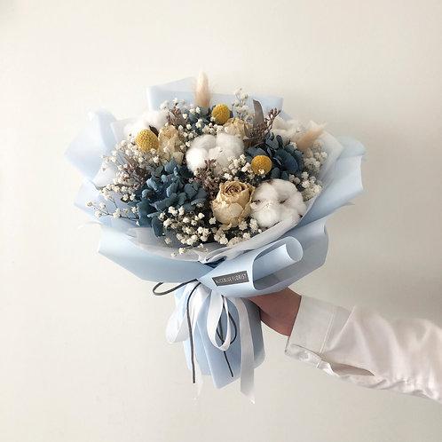 Standard Dried Flower Bouquet (Baby Blue)