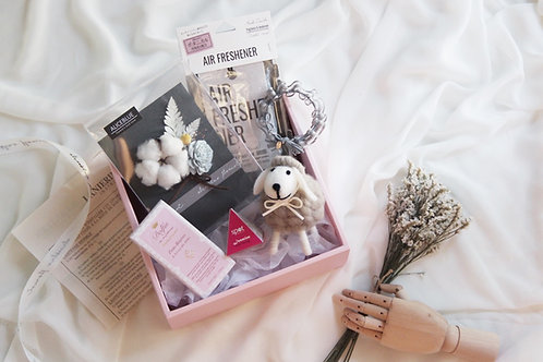 Gift Box Set w/ Dried/Preserved Flower Card