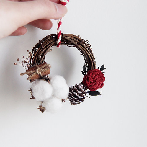 "Dried Flowers Decorated Wreath 3"" (Reindeer)"