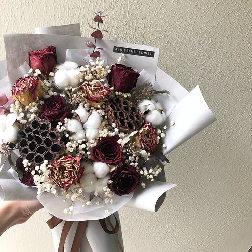 Deluxe Dried Flower Bouquet (Burgundy)