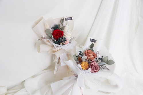 Petite/Standard Preserved Flower Bouquet (Red My Mind)