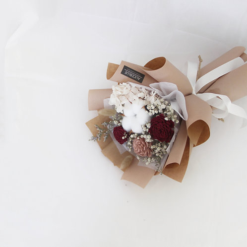 Petite Preserved Flower Bouquet (Burgundy - Milk Tea)