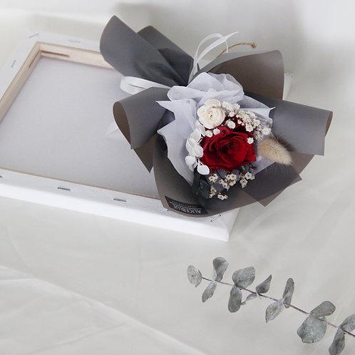 Mini Preserved Flower Bouquet - Classic Black