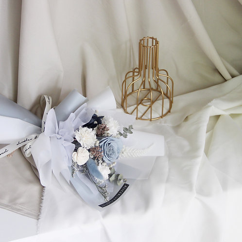 Petite Preserved Flower Bouquet (Bridy Gray)