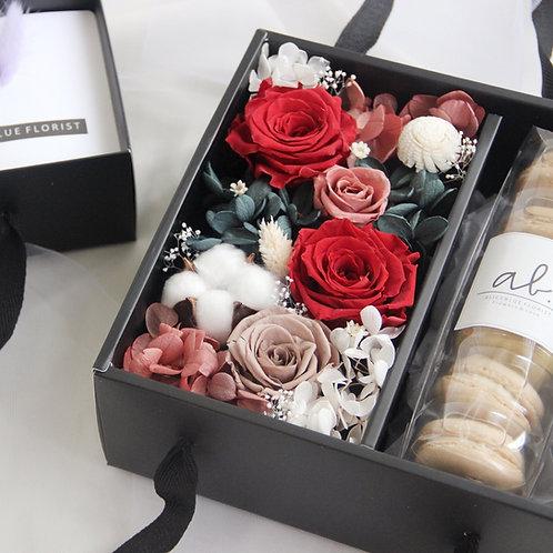 Preserved Flower Gift Box (Red Velvet)
