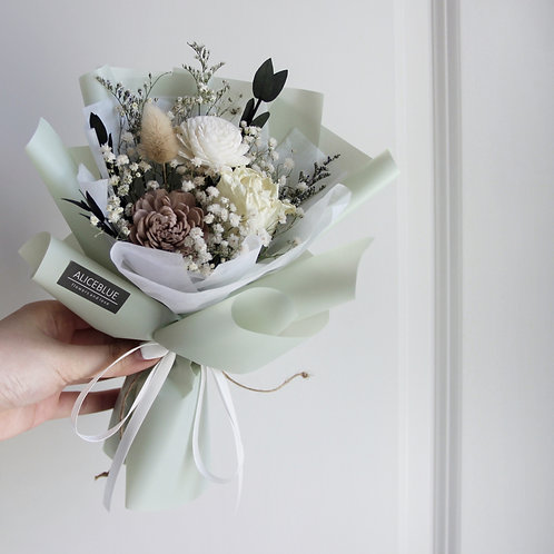 Petite Dried Flower Bouquet ( Pea)