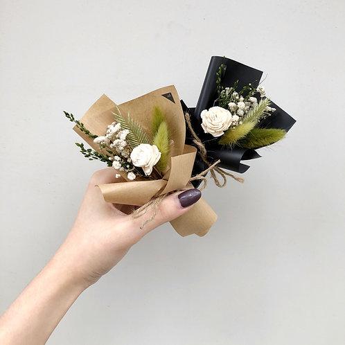 Nano Dried Flower Bouquet (Greens)