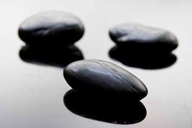 Lázně kameny černé