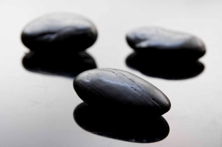 Black Spa Stones