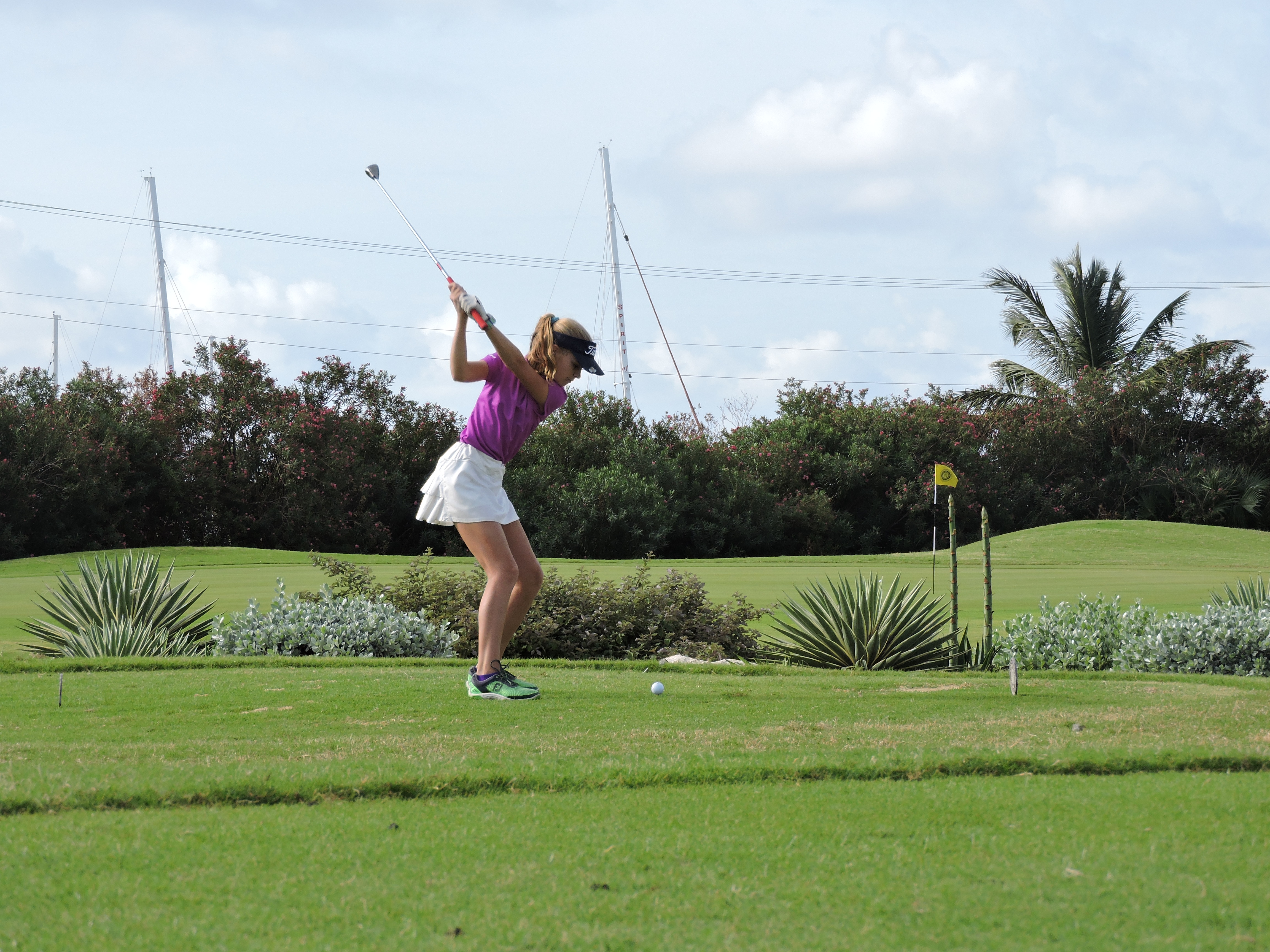 Holly Mclean - 1st hole