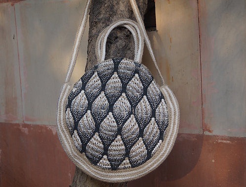STYLISH ROUND/SLING HANDBAG