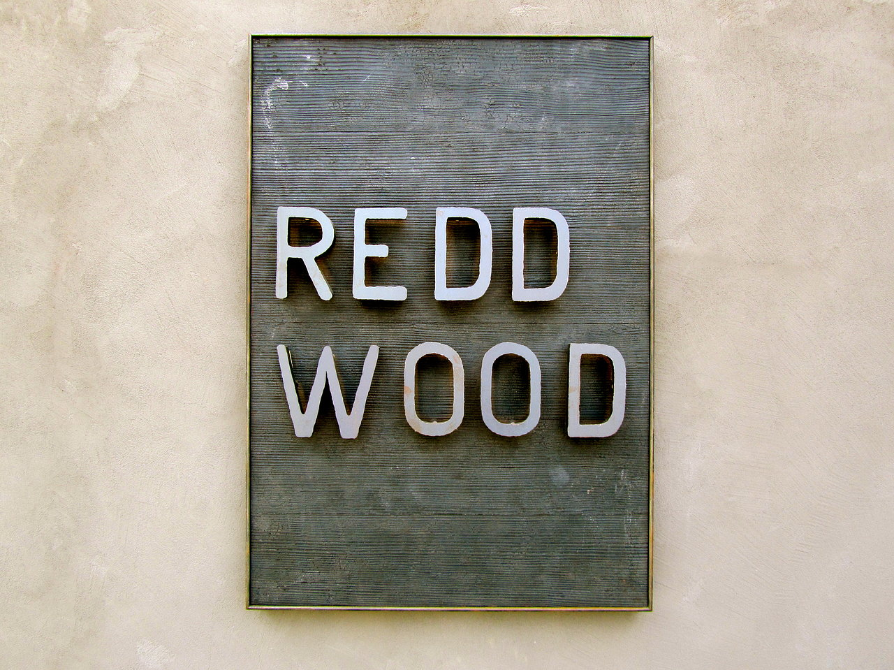 Redd Wood Restaurant