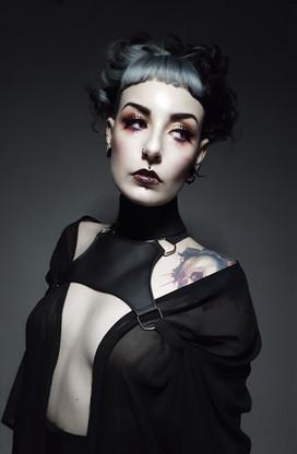 photo: Jarvy Blaq model: Naiara Blanquez @naiara_nebulosa